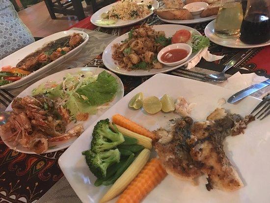 Billede af anong restaurant choengmon for Anong thai cuisine