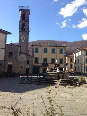 Fivizzano, Italie : Caffe Elvetico