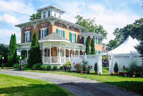 Woodruff Manor Bed & Breakfast: Weddings at Woodruff Manor