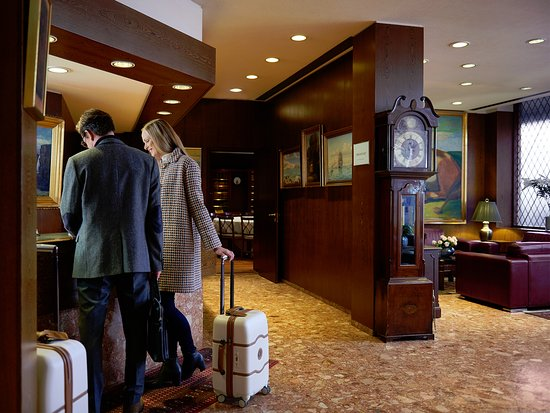 Hotel Holt: Hotel Reception