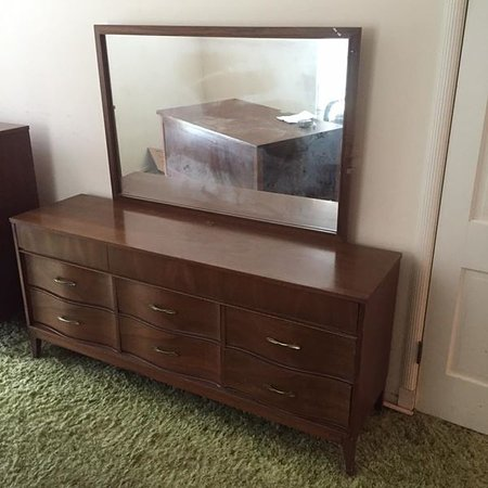 Terre Haute, IN: We also carry Furniture