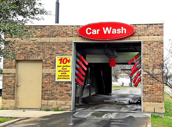 Seagoville, Τέξας: Save $0.10 on every gallon of gas with the purchase of our exclusive Touch-Free car wash. It's s