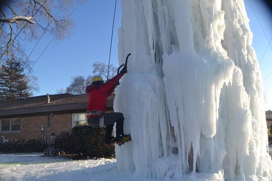 Baraboo, WI: Nice Ice-Midwest Ice Climbing- Devils lake climbing guides
