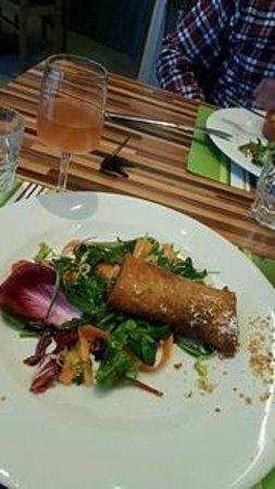 Le  Potager : Pastilla au poulet et sa salade