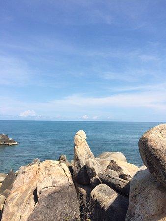 Hin Ta & Hin Yai Rocks: 是否真的很像呢?