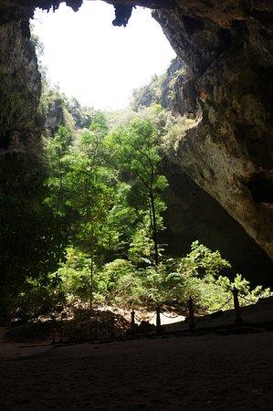 Sam Roi Yot, Tailândia: Eens een andere foto dan die van de tempel
