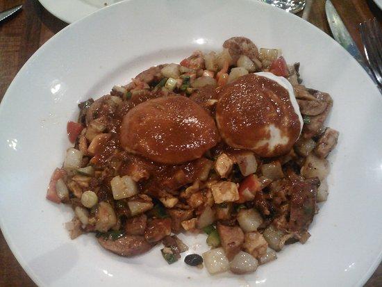 Green Street Restaurant: BBQ Chicken and Andouille Sausage Hash