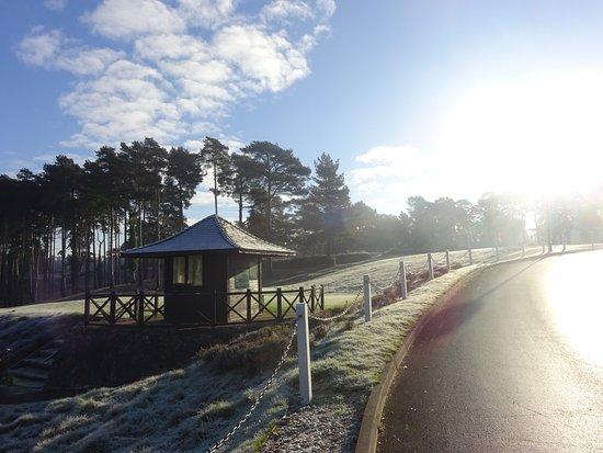 Camberley, UK: 1st tee starters hut