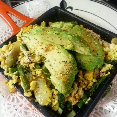 Avon by the Sea, NJ: Scrambled Tofu Cajun Spices Fresh Herbs Asparagus Vegan Cheese, Avocado