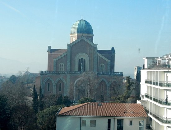 Duomo dei Santi Pietro ed Eliseo