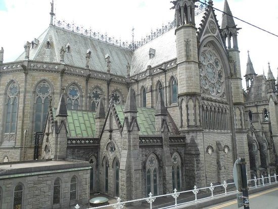 Cobh, Irland: This building is a thing to admire!