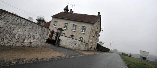 Ferme Saint Antoine : Depuis la D19...