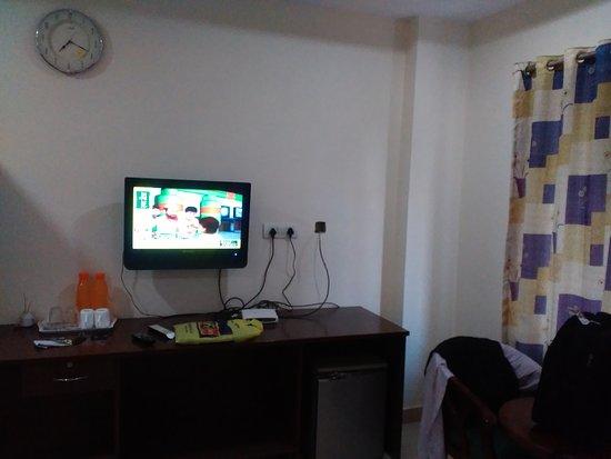 Treebo Sravya Residency: IMG_20170119_072111_large.jpg