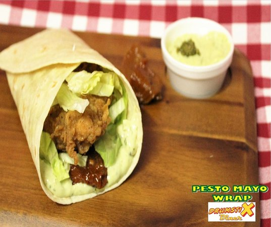 Ballincollig, Irlanda: One of our Chicken wrap range ...Pesto Mayo ..Yum!