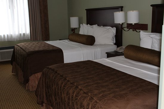 Best Western Plus Concord Inn: 2 Queen bedroom
