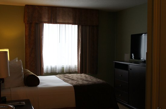 Best Western Plus Concord Inn: 1 Queen Mobility room