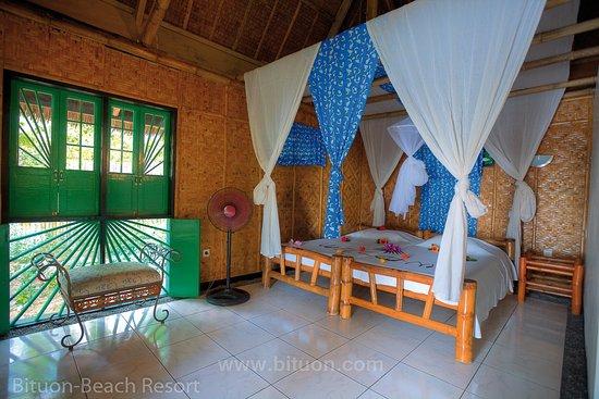 Bituon Beach Resort: Bungalow mit super Raumklima dank der richtigen Bauweise