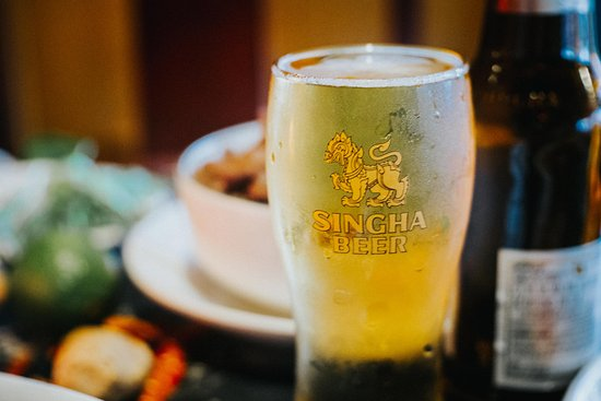 เดสโมนส์, วอชิงตัน: Singha Beer