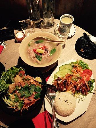 Photo of Asian Restaurant Sen Viet Vietnamese Cuisine at Amstelveenseweg 91, Amsterdam 1075 VX, Netherlands