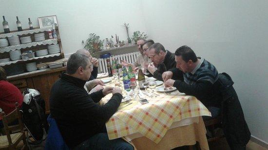 Castelletto Molina, Italia: Trattoria da nello e lina