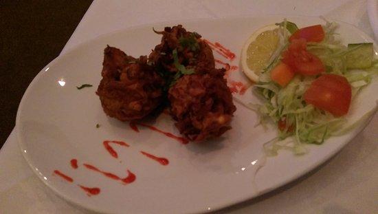 Hyde, UK: Onion Bhajis
