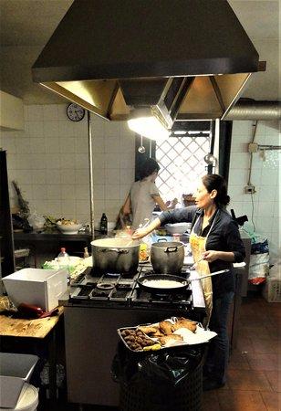 Agriturismo Il Limoneto: Daniella in the kitchen. Wonderful cook.