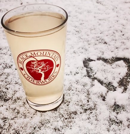Black Mountain, NC: Cider snow day