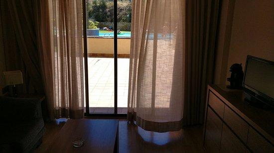 Aparthotel Golf Beach: Desde la misma habitación se puede acceder a la piscina.