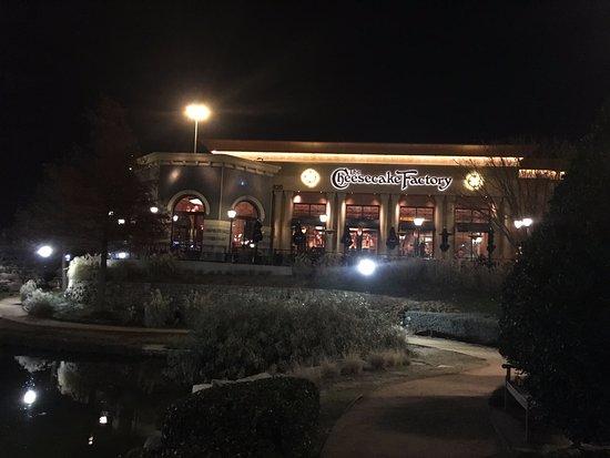 Allen, Техас: Exterior of restaurant