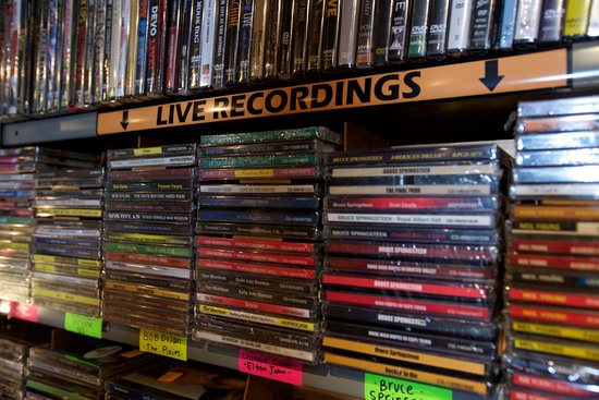 Vinyl Bay 777
