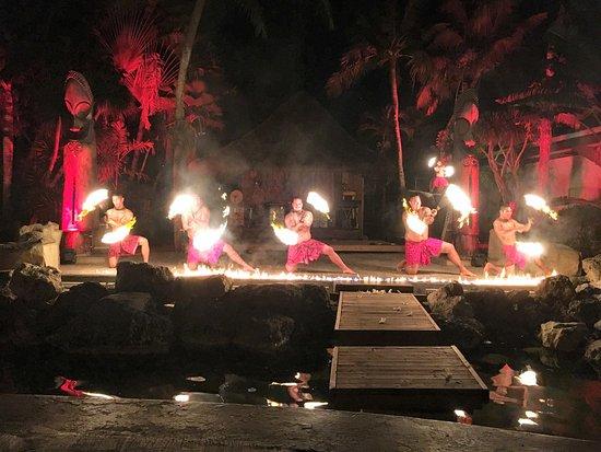 Piti, Mariana Islands: ポリネシアンディナーショー