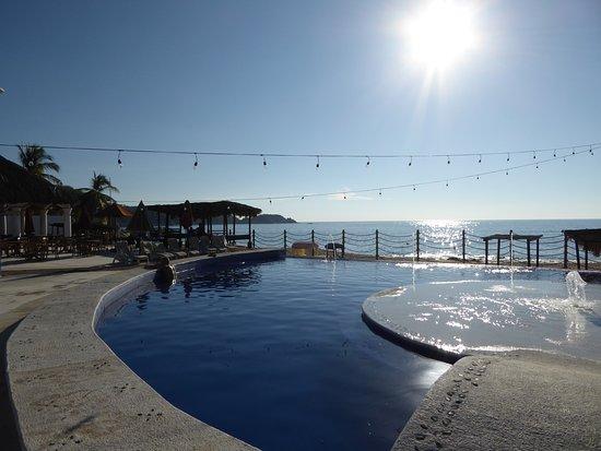 La Isla Huatulco & Beach Club: La Isla Huatulco Beach Club