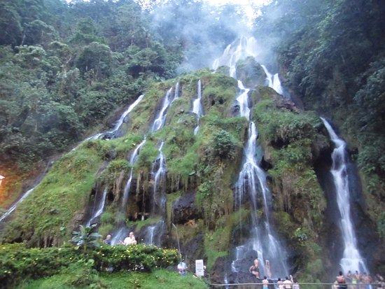 Cascadas picture of termales santa rosa de cabal santa for Cascadas de agua