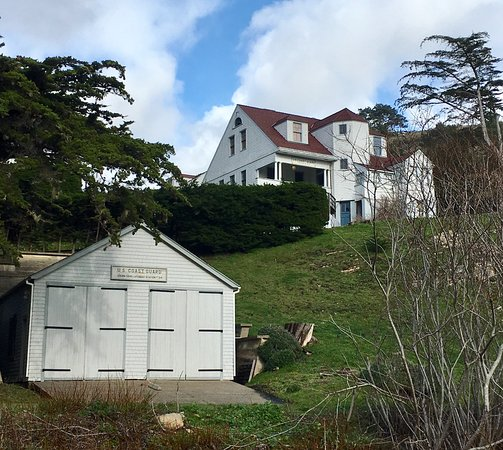 Point Arena, CA: Coast Guard House Historic Inn