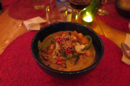 Cocoliche San Cristobal: Thai Green chicken Curry