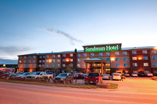 Sandman Hotel Saskatoon: Exterior