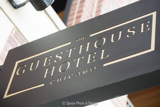 The Guesthouse Hotel : Chicago boutique hotel