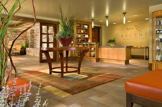 Fish Camp, Californie : Ascent Spa at Tenaya Lodge Lobby