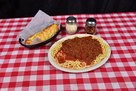 Bartlett, Tennessee: Exlines' famous met sauce