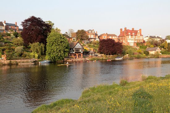 Christleton, UK: River Dee from the Meadows
