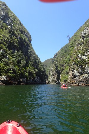 Storms River, África do Sul: Paddeling up Stormsrivier