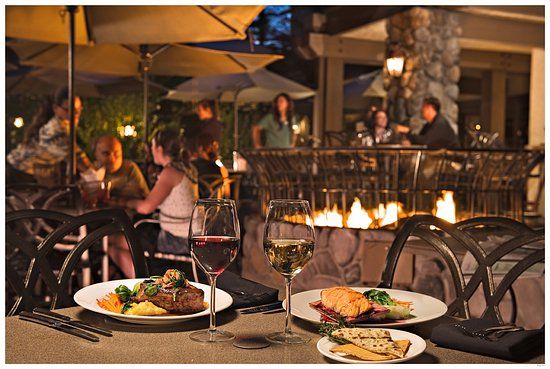 Fish Camp, CA: Outdoor Dining