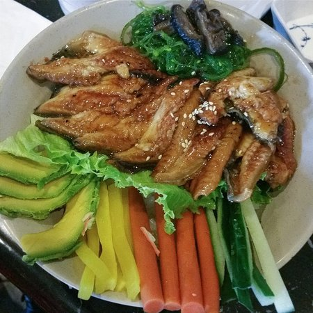 Brentwood, Калифорния: Unagi (eel) rice bowl