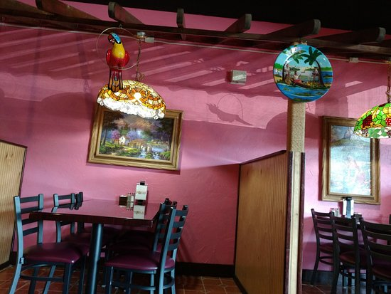 Walterboro, SC: Misc. photo of the inside of the restuarant.