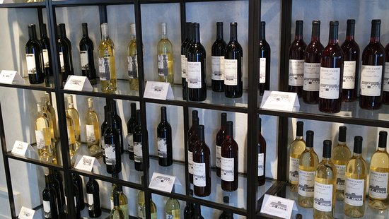 Ludlow, VT: Our varied selection of wines to please any palette