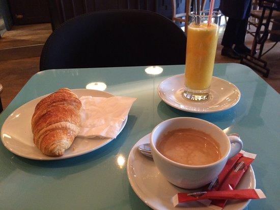 Le Bistrot Des Gascons : breakfast