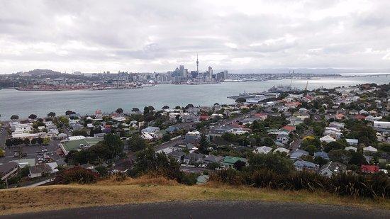 Devonport, Nya Zeeland: 마운트 빅토리아에서 바라본 오클랜드 도심