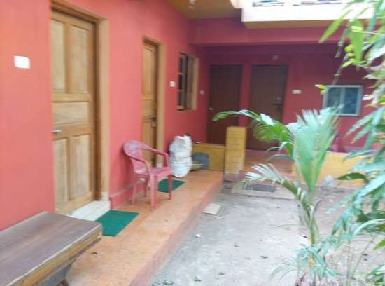 Mahendra Guest House