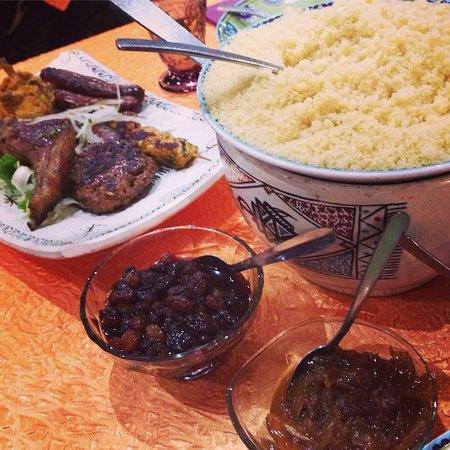 Saintes Restaurant A La Table Du Maroc