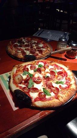 Worthington, OH: pizza